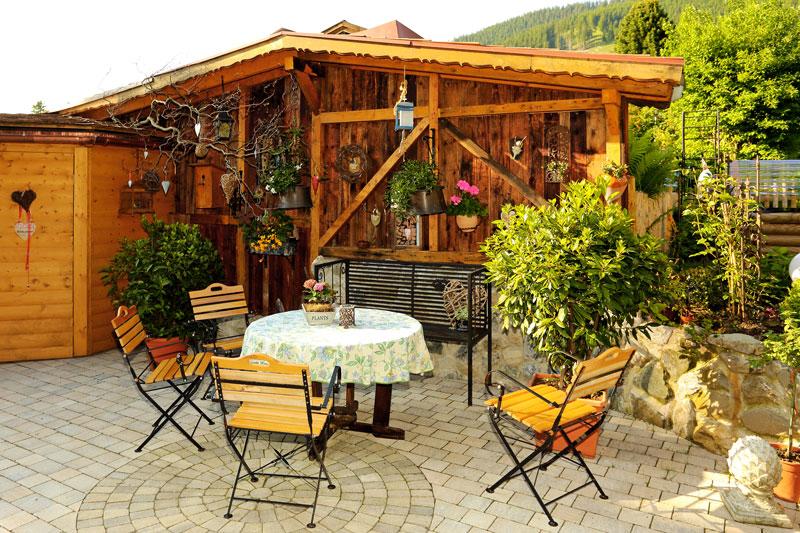 Sitzgelegenheit Garten haus und garten ferienwohnungen mitteldorf in oberammergau nähe